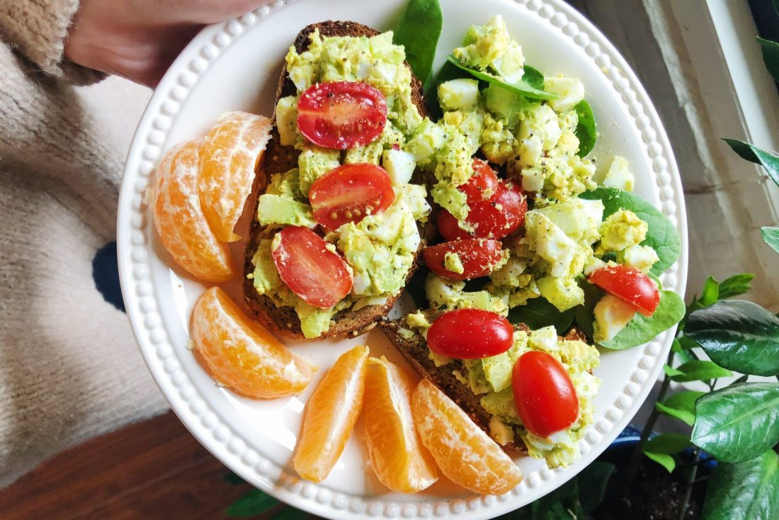 the easiest avocado egg salad